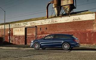 Mercedes-AMG CLA 45 4MATIC Shooting Brake.